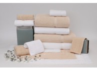 "27"" x 54"" 17 lb. Crown Touch™ Beige XL Hotel Bath Towel"